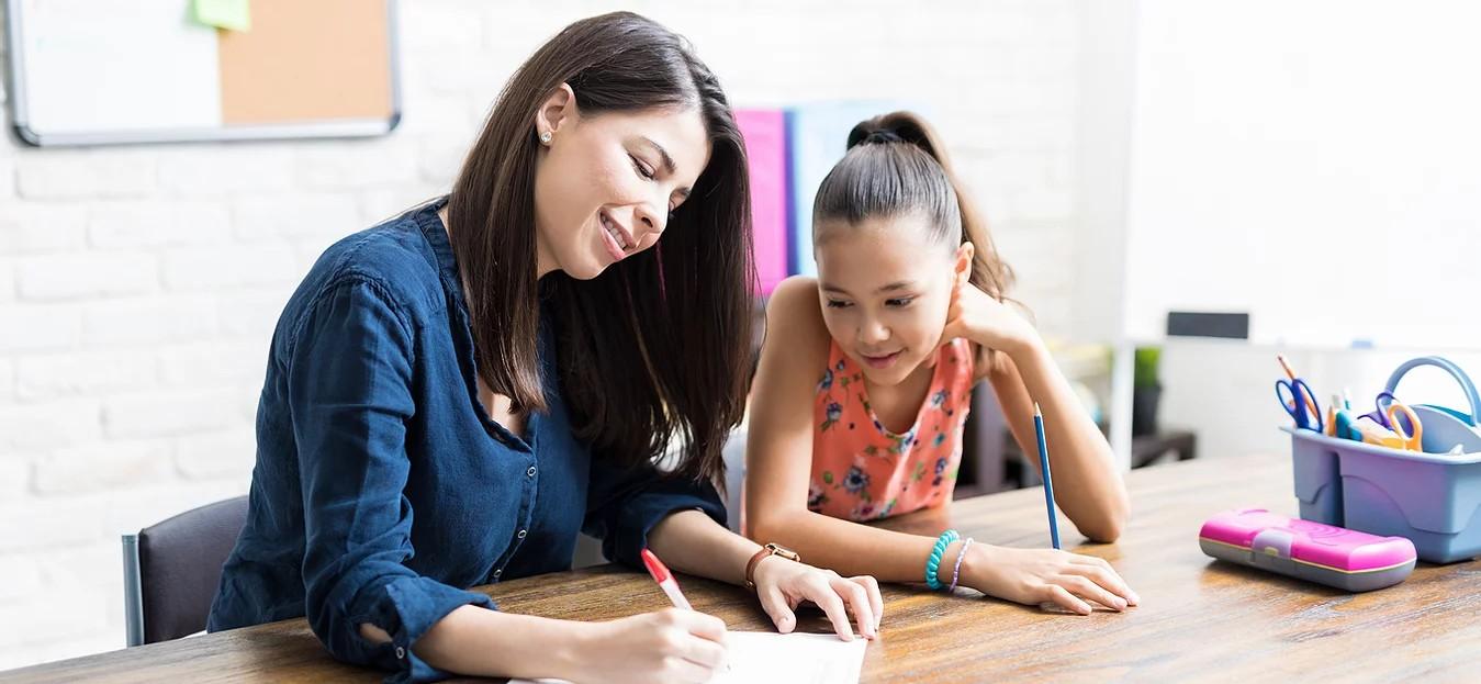 The Finest Tutors Nurturing Children In Academic Level