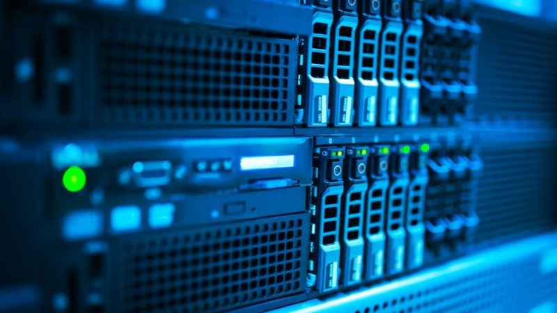 How to pick Dedicated Server Hosting Service for your business?